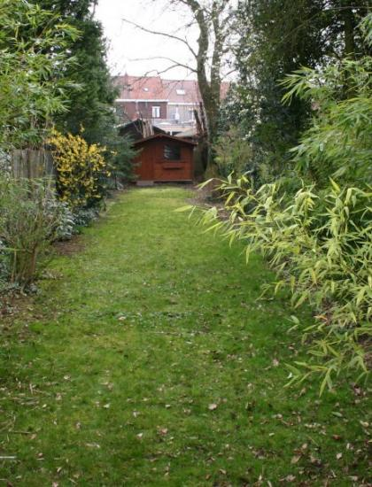 Avant  jardin de ville  180m² à Mouscron