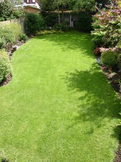 petit jardin citadin 200m²