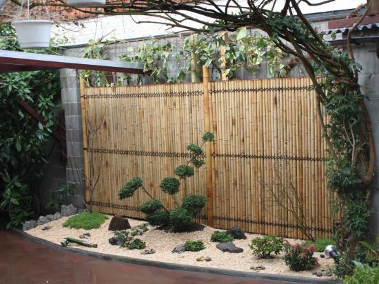Après petit coin de verdure dans une cour 5m² Mouscron jardin japonais